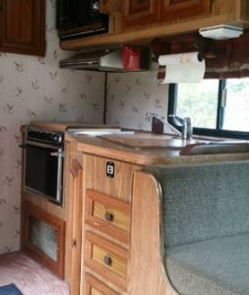 1987_lakeview-mi_kitchen