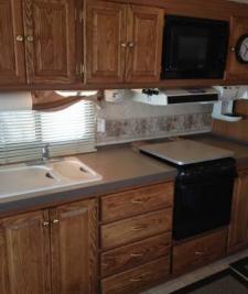 2005_paola-ks_kitchen