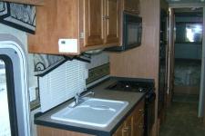 2007_whitmorelake-mi_kitchen