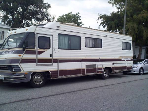 1990 Tiffin Allegro 31 FT Motorhome For Sale in Los Angeles, CA