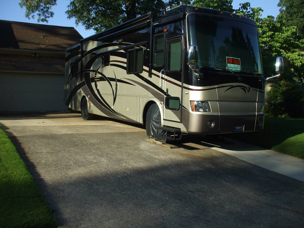 2008 Tiffin Phaeton 36 FT Motorhome For Sale in Harvest, AL