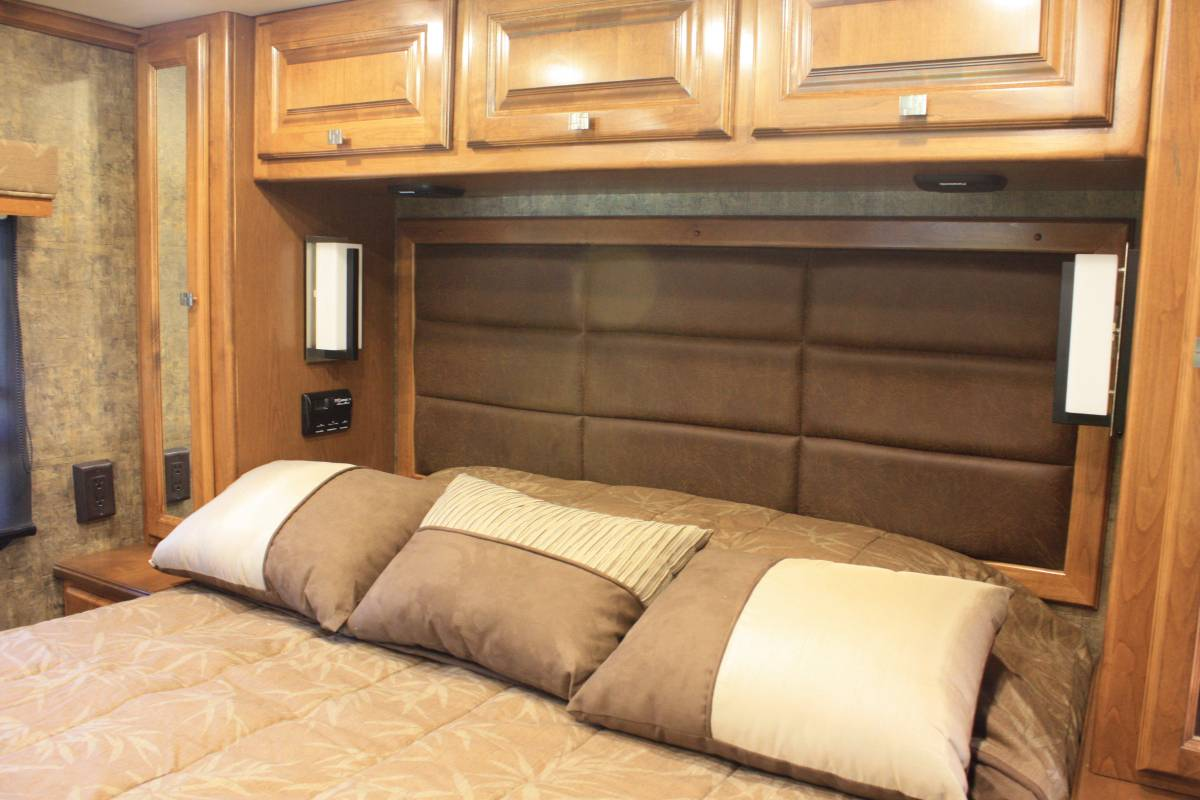 2012 Tiffin Allegro Breeze 28br Motorhome For Sale In
