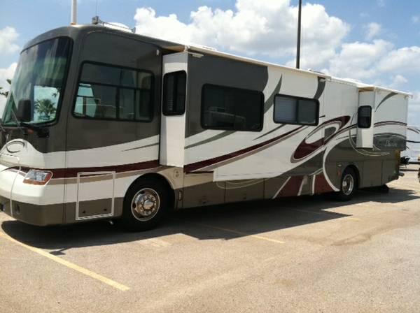 2005 Tiffin Phaeton 40 FT Motorhome For Sale in Milton, FL
