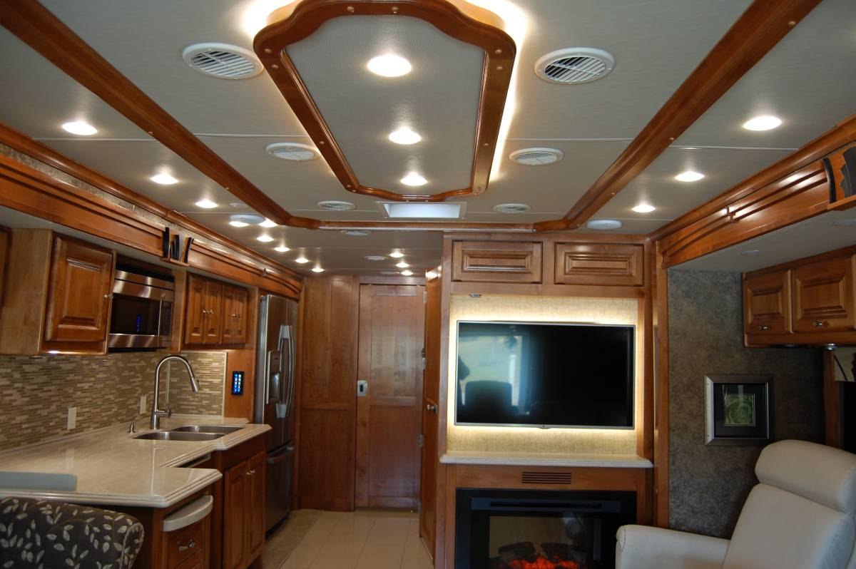 2015 Tiffin Phaeton 40FT Motorhome For Sale in Worcester, MA
