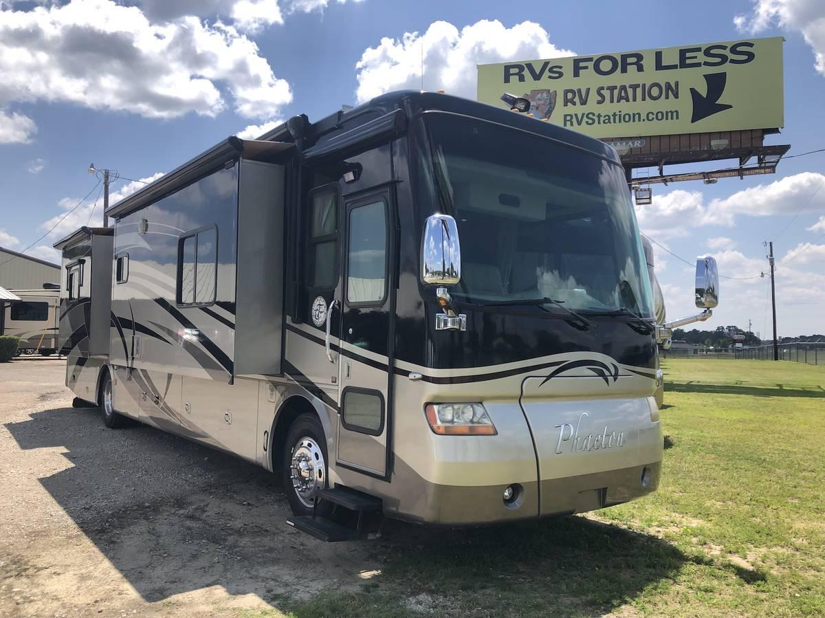 2007 Tiffin Phaeton 40FT Motorhome For Sale in Tyler, TX